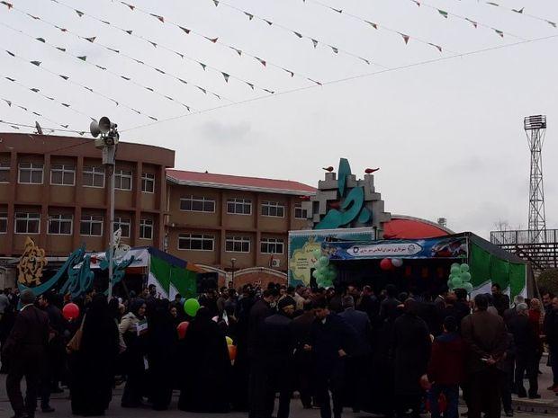 راهپیمایی 22 بهمن در شهرها و روستاهای مازندران آغاز شد