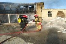 آتش سوزی کارخانه تولید جعبه های پلاستیکی در بالانج ارومیه مهار شد