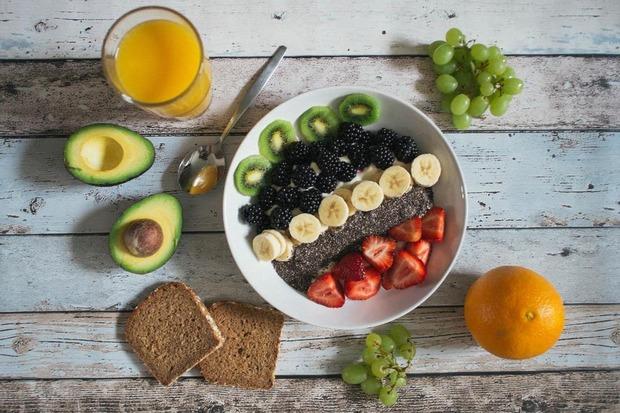 عادت های نامناسب تغذیه ای در شرایط کرونا