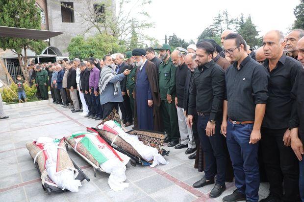 تشییع پیکر کشتهشدگان حادثه کاروان اربعین حسینی در انزلی