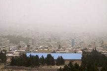 هوای ایلام به علت گرد وغبار همچنان در وضعیت اضطرار قرار دارد