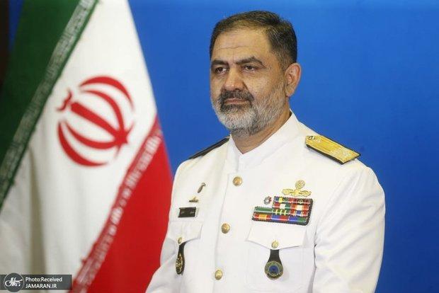 دریادار ایرانی: نیروی دریایی ارتش باید مورد حمایت مجلس قرار بگیرد