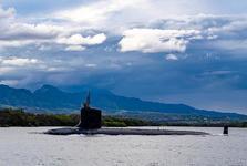 بحران زیردریایی های هسته ای روابط فرانسه و انگلیس  را تیره کرد
