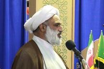تاکید امام جمعه تربت حیدریه بر تبیین دستاوردهای انقلاب به نسل کنونی