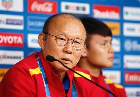 سئو پارک: ویتنام نمیتواند با ایران، ژاپن و عراق رقابت کند/ ژاپن توانایی قهرمانی را دارد
