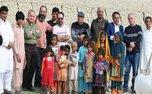 حضور نویسندگان و شاعران در مناطق سیلزده سیستان و بلوچستان/ عکس