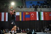 قهرمان وزنهبرداری نوجوانان و جوانان جهان: در قرنطینه تمرین میکنم/ هدفم مدال المپیک است