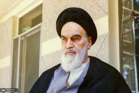 امام در چه موضوعی با نظر میرحسین موسوی موافقت کرد؟