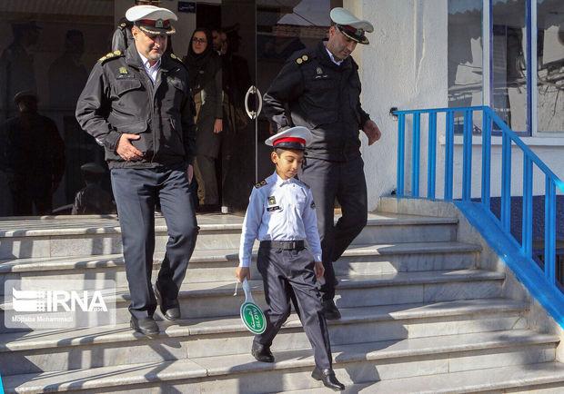 نخستین افسر کودک پلیس کشور در رشت