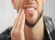 علل درد فک چیست؟ راههای درمان آن