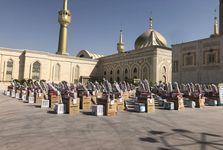 مراسم اهدای یک هزار سری جهیزیه به نوعروسان در حرم امام خمینی برگزار شد