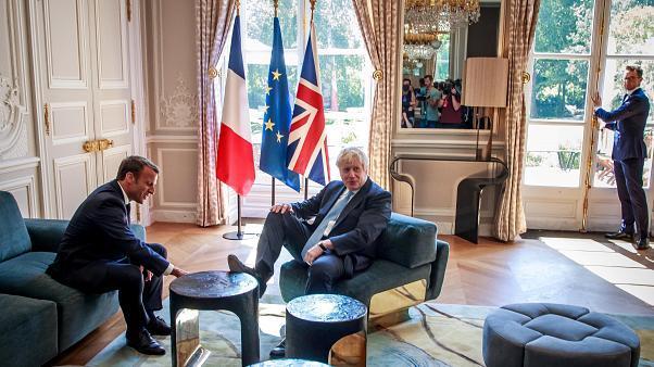 بی نزاکتی سیاسی نخست وزیر انگلیس+عکس