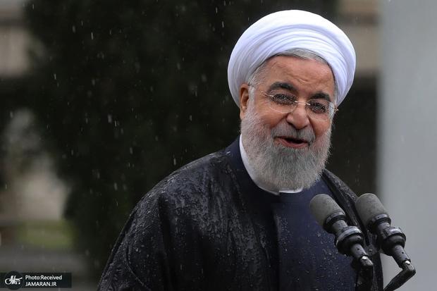 روحانی: امروز شرایط برای شکسته شدن تحریم از هر زمان دیگری آماده تر است/ تاخیر در برداشتن تحریم خیانت است/ هر جناح هر فرد هر گروه اگر یک ساعت پایان تحریم را به تاخیر بیاندازد خیانت است
