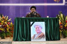 سید حسن خمینی: مرحوم آقای هاشمی مرد روزهای سختی بود؛ اهل فرار نبود
