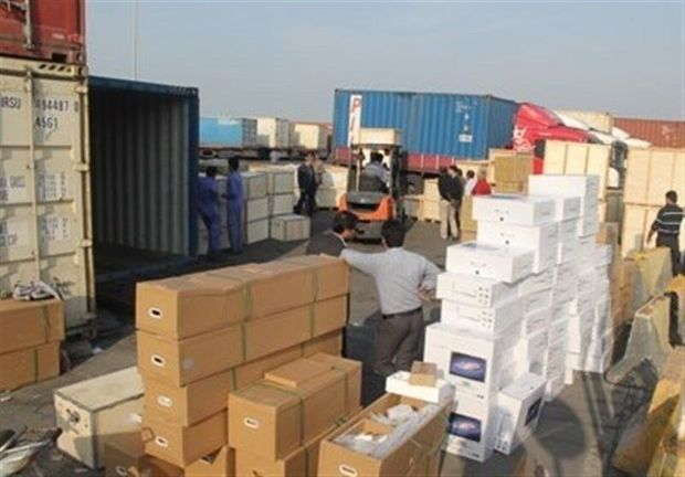 توقیف ۲۰ خودروی قاچاق بر در عملیات پلیس اراک