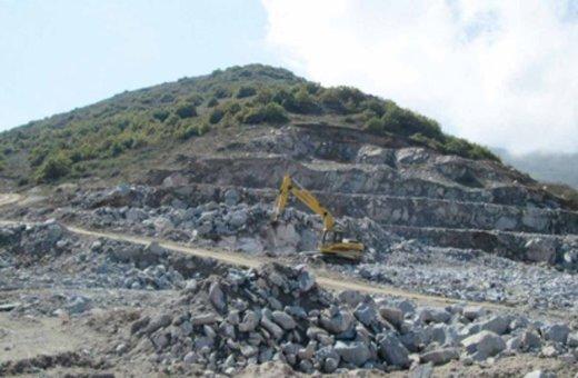 عملیات معدنی نباید در تضاد با محیط زیست باشد