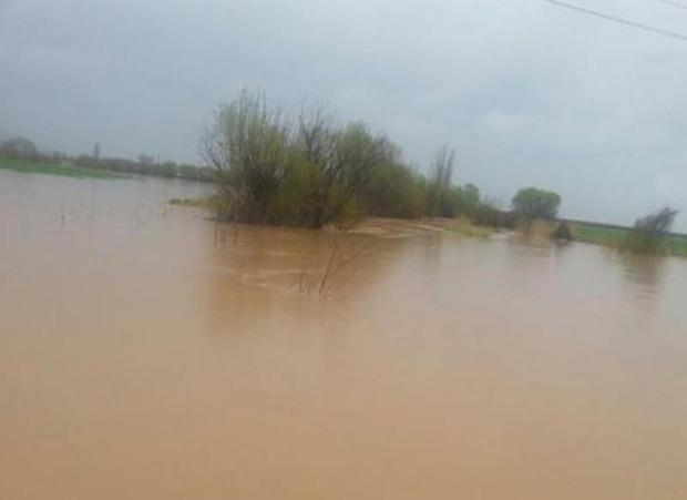 معابر حاشیه رودخانه قره سو دچار آب گرفتگی است