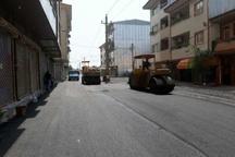 آسفالت محله امیر کبیر حمیدیان رشت انجام شد  عملیات لایروبی توسط شهرداری رشت همچنان ادامه دارد