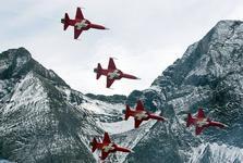 سوئیسی ها بالاخره به خرید هواپیمای نظامی بله گفتند