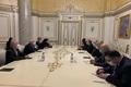 ظریف در دیدار با نخست وزیر ارمنستان: رهبر انقلاب بر زندگی شرافتمندانه همه ارمنیها در منطقه تاکید دارند