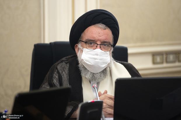 احمد خاتمی: هرگونه مذاکره و سازش با آمریکا ممنوع است