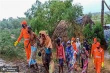 تخلیه دو میلیون نفر در هند و بنگلادش+ تصاویر