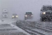 برف و کولاک راه بیش از 50 درصد روستاهای آذربایجان شرقی را بست