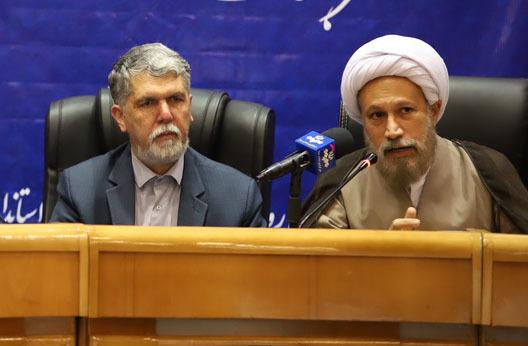 امام جمعه شیراز: مشکل حواشی بزرگداشت روز کوروش راهکار فرهنگی دارد نه امنیتی