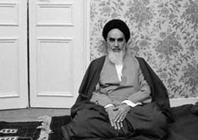 Imam Khomeini monitored revolution struggle, foiled all plots by Shah regime