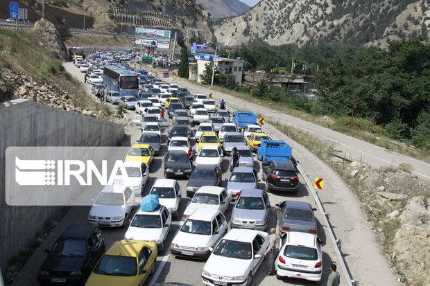 ترافیک در جاده هراز و کندوان سنگین شد