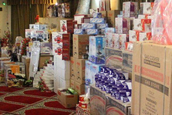 ۱۰۱۰ سری جهیزیه به نوعروسان نیازمند آذربایجانشرقی اهدا شد