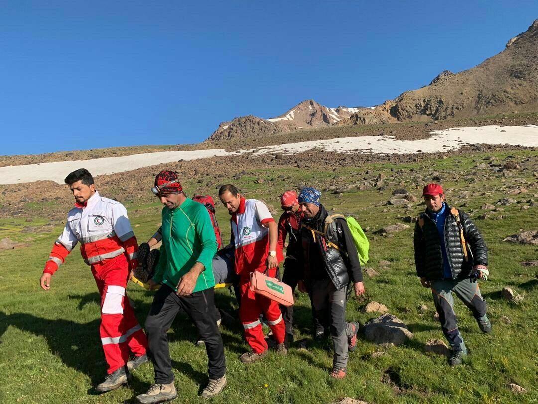 نجات جان پنج کوهنورد گرفتار در ارتفاعات نیشابور