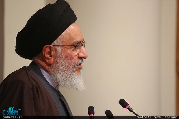 آیت الله محقق داماد: ایمان و کفر اثری در حقوق شهروندی ندارد