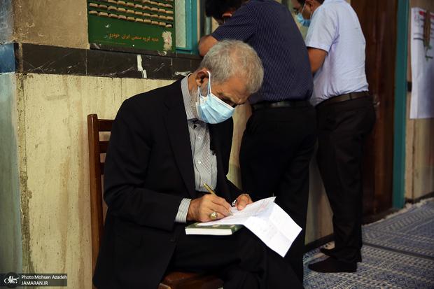 حسن غفوری فرد: باطل السحر توطئه های دشمنان و منافقین حضور مردم در انتخابات 1400 است