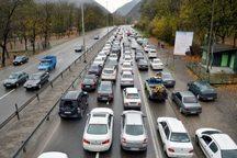 آزاد راه قم - تهران دارای ترافیک سنگین و روان است