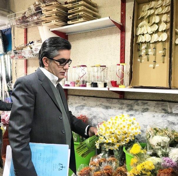پرونده تخلف برای گران فروشان بازار گل خیام در مشهد تشکیل شد