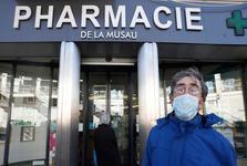 زنان در فرانسه خشونت خانگی را با رمز به داروخانه خبر میدهند