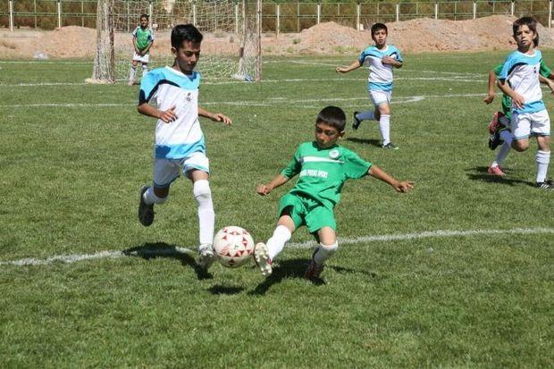 تیم فوتبال نونهالان توان ایساتیس یزد  از اصفهان شکست خورد