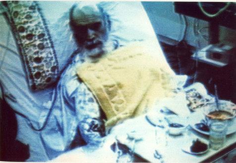 امام از چه موضوعی به حاج احمد آقا گله کردند؟