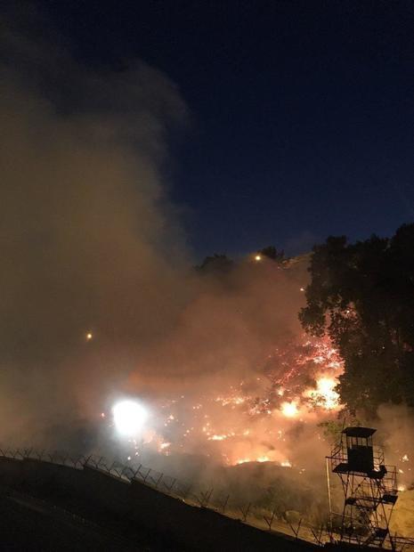 آتش سوزی در نزدیکی زندان اوین + عکس و فیلم