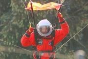 برد پیت و بازی در نقش یک فضانورد + عکس