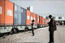 بیکاری هزاران نفر با ورود هر یک میلیارد  دلار کالای قاچاق به کشور  قاچاقهای سازماندهی شده مشکل اصلی است نه کولبران افزایش قاچاق معکوس در سالهای اخیر