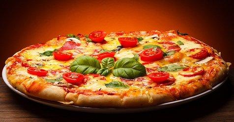 این ربات ۳۰۰ پیتزا در یک ساعت تهیه می کند! + تصاویر