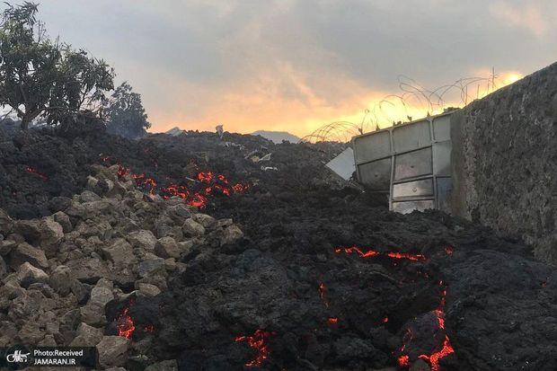 مردم از ترس آتشفشان فرار کردند+ تصاویر
