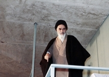 Life, power, knowledge are shadows of God's attributes, Imam Khomeini explained