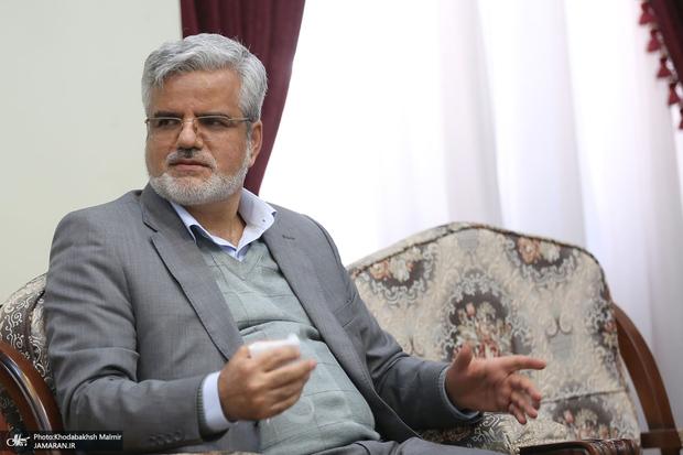 انتقادات محمود صادقی از مجلس به خاطر فعالیت های انتخاباتی نمایندگان