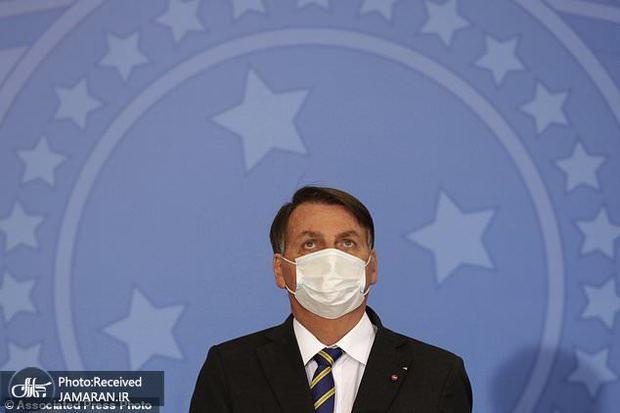خروج رئیس جمهور کرونازده و همسرش از قرنطینه+تصاویر