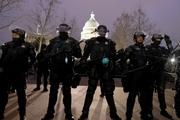 اعزام هزاران نیروی تازه نفس گارد ملی آمریکا به واشنگتن