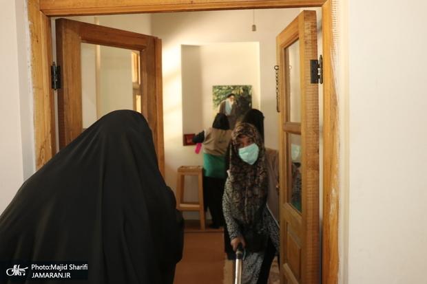 غبارروبی و عطرافشانی بیت امام در خمین
