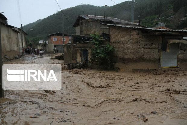 استاندار مازندران بر پرداخت سریعتر کمکهای بلاعوض به سیلزدگان تاکید کرد